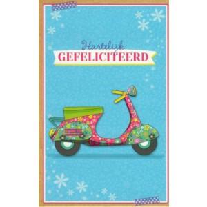 wenskaart hartelijk gefeliciteerd met de afbeelding van een getekende scooter met bloemenprints
