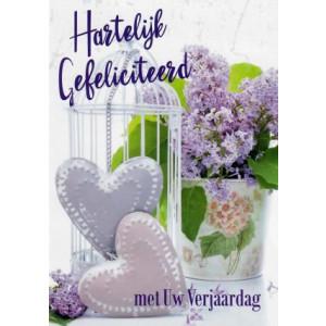 hartelijk gefeliciteerd met uw verjaardag wenskaart met paarse bloemen