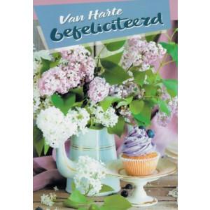 wenskaart met paarse bloemen en cupcake van harte gefeliciteerd