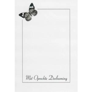Condoleance wenskaart in zwart-wit met de afbeelding van een vlinder.