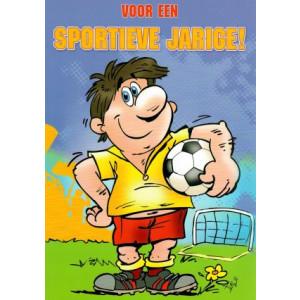 wenskaart voor een sportieve jarige man met voetbal in de hand