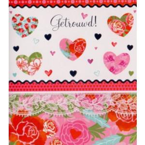 rode wenskaart getrouwd met hartjes en rozen