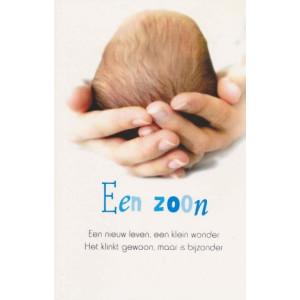 wenskaart een zoon handen die baby vasthouden