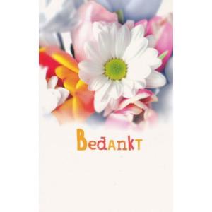 wenskaart bedankt met prachtige bloemen op achtergrond