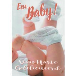 wenskaart met foto van baby met kleine sokjes van harte gefeliciteerd