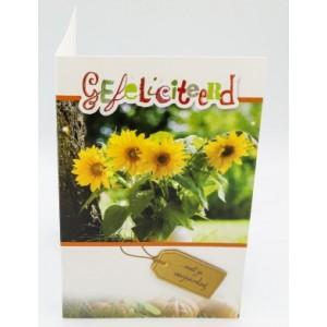 Adios wenskaart felicitatie met de tekst hartelijk gefeliciteerd met je verjaardag met vier zonnebloemen naast een boomstam