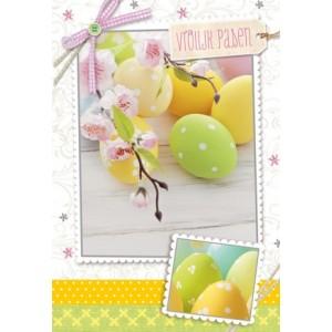 Wenskaart Vrolijk Pasen met vrolijk gekleurde eieren