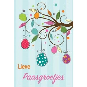 Wenskaart lieve Paasgroetjes met een paastak waaraan eieren hangen